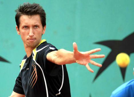 Український патріот Стаховський вийшов у чвертьфінал престижного тенісного турніру в ОАЕ