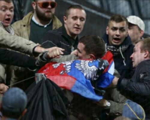 УЄФА заборонив на матчі збірної Росії вивішувати символіку ДНР