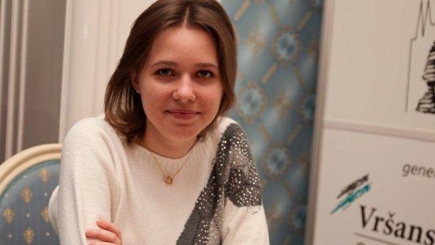 Музичук виграла у росіянки і вийшла вперед у фінальній серії чемпіонату світу