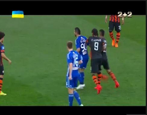 Футбольні пристрасті:  Як Адріано отримав ляпаса і дав копняка Ярмоленку (ВІДЕО)