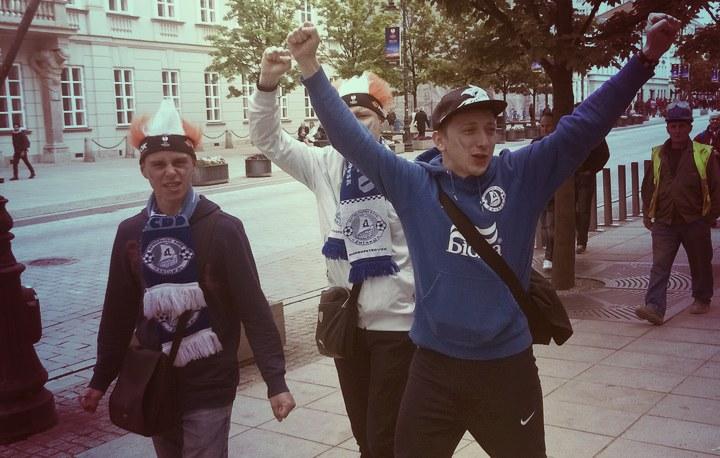 У Польщі через бійку поліція затримала 80 українських фанатів