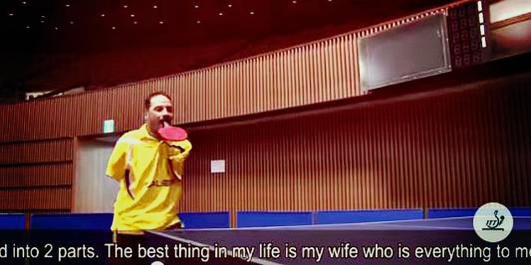 Інтернет підірвало відео з безруким тенісистом, який грає з ракеткою в роті