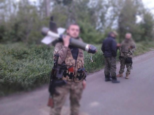 Стрийські ультрас показали, як воюють з терористами у Широкиному (ФОТО)