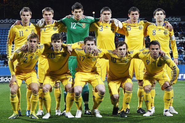 В рейтинге ФИФА Украина опустилась на 30 позицию