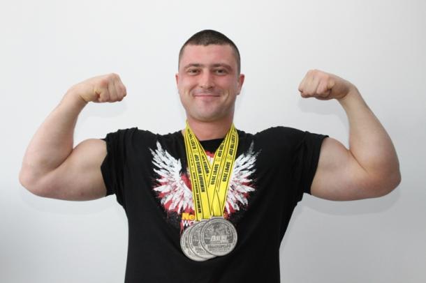 Андрій Пушкар один із найсильніших армрестлерів у світі