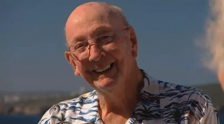 Цей чоловік врятував від самогубства близько 400 людей, давши їм одне просте запитання