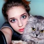 Сеть шокировала 18-летняя россиянка с лицом куклы и телом Халка (Фото)