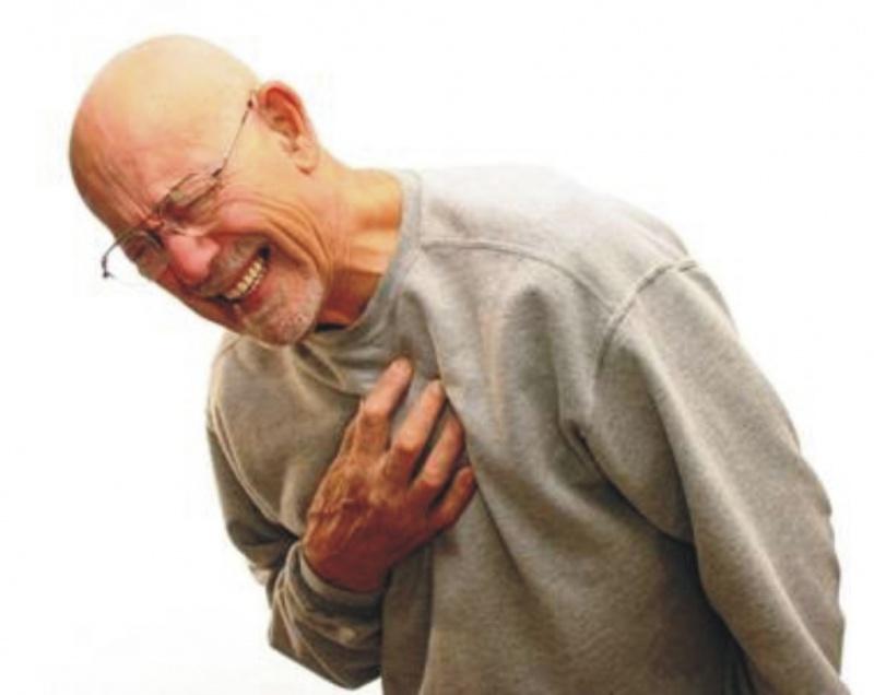 Как мгновенно остановить сердечный приступ подручными средствами