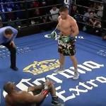 Непереможний український боксер впевнено нокаутував американця в США