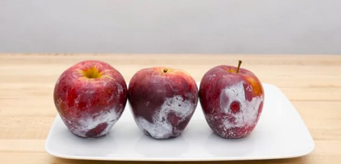 Перестаньте труїти себе! Яблука із супермаркету потрібно мити правильно