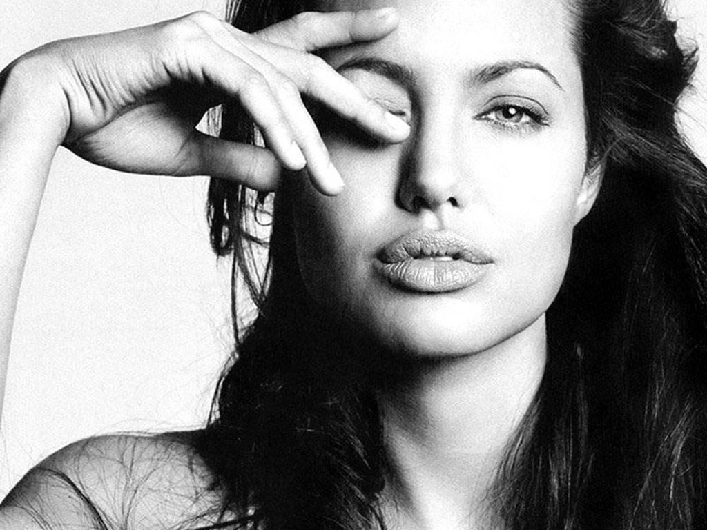 25 фактів про жіноче тіло, про які не знають навіть самі жінки