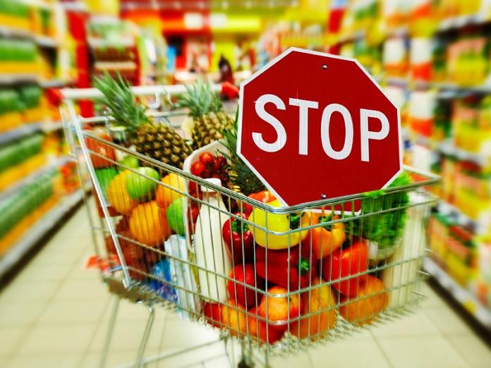 14 продуктів, які НІКОЛИ не варто купувати в супермаркетах