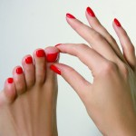 Досить витрачати гроші на педикюр: ці 2 простих продукти зроблять твої ніжки ідеальними!