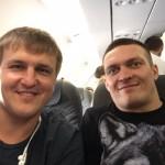 Усик разом із суперником подивиться матч Україна – Польща