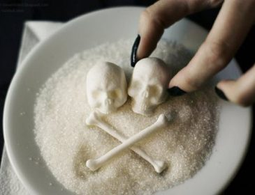 Ви здивуєтеся: вчені порівняли, що небезпечніше – сіль чи цукор