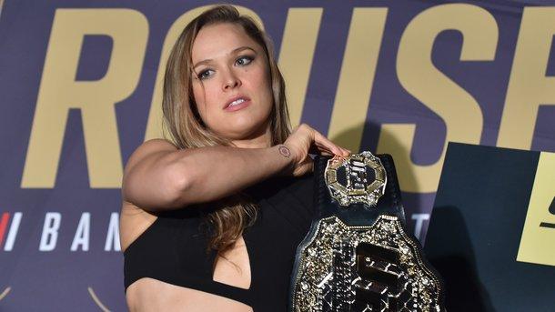 Зірка UFC Ронда Роузі виходить заміж