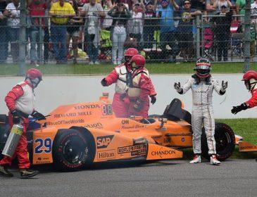 """Фернардо Алонсо не зміг завершити гонку """"500 миль Індіанаполіса"""""""