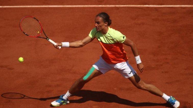 Найкращий український тенісист зупинився на старті турніру в Швейцарії