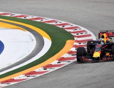 Ріккардо встановив рекорд траси в першій практиці Гран-прі Сінгапуру