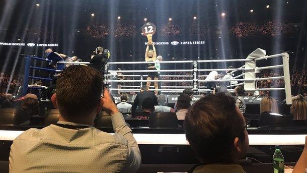 Олександр Усик зустрінеться з Майрісом Бріедісом в півфіналі Всесвітньої боксерської суперсерії