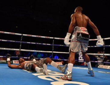 Африканський боксер увійшов в історію, нокаутувавши суперника за 11 секунд