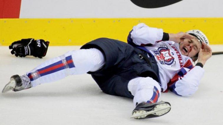 Дитяча відмазка: хокеїст російського клубу безглуздо виправдався за допінг