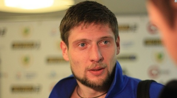Коли Шевченко не розраховує: Селезньов зайнявся хокеєм