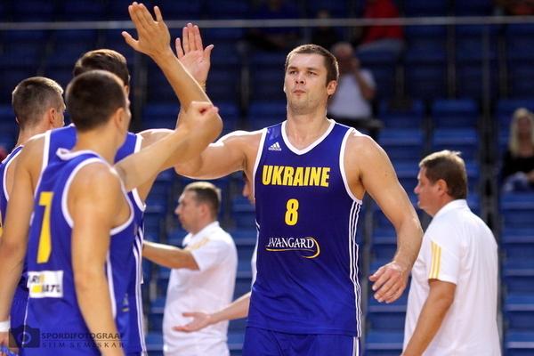 """Центровий """"Авелліно"""" не зіграє за збірну України в літніх матчах відбору на ЧС"""