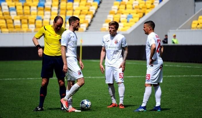 Матч Шахтар – Верес відбудеться, незважаючи на отруєння 9 футболістів команди з Рівного