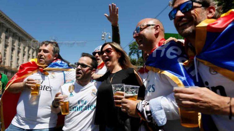 """Фанати """"Ліверпуля"""" зізналися, що їх найбільше вразило в Україні"""