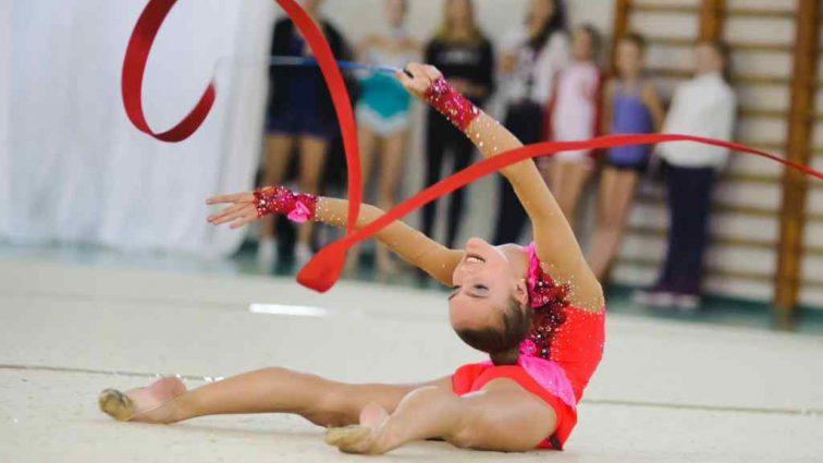 Українські гімнастки повертаються в Україну з бронзовими та срібними медалями