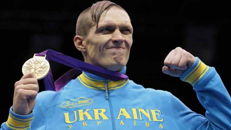 Прогноз, який зробили Олександру Усику, стурбував його фанатів