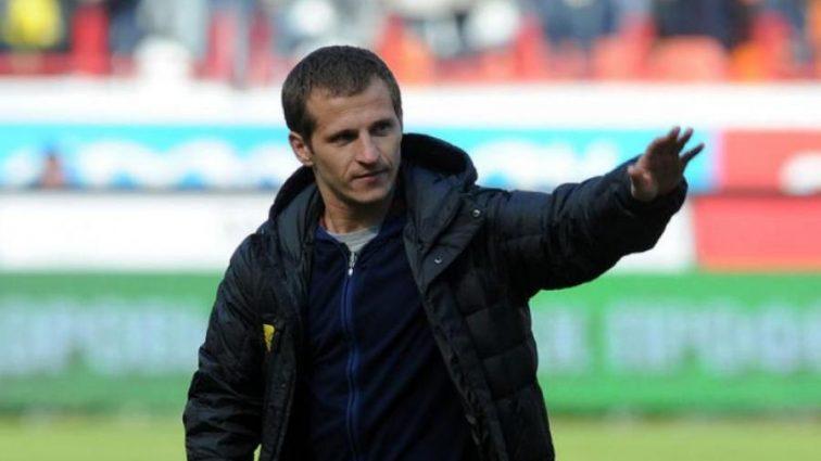 Алієв забив на обіцянки та став граючим тренером
