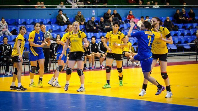 Жіноча збірна України з гандболу поступилася у відбірковому матчі