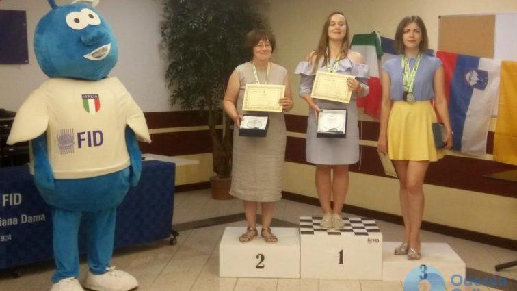 Одеситка завоювала срібну медаль на чемпіонаті світу з міжнародних шашок