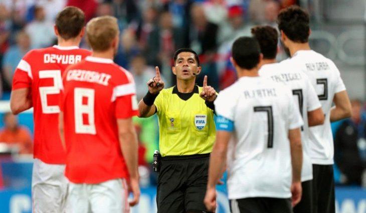 Єгипет оскаржуватиме суддівство у матчі з Росією: дізнайтесь подробиці