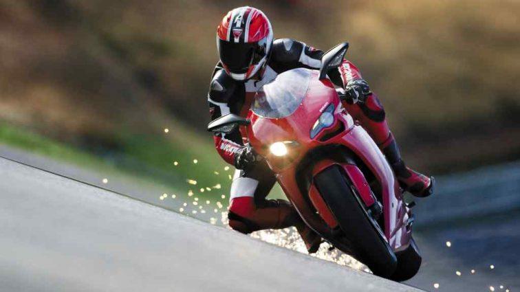 Гран Прі Каталонії: Россі переграв двох гонщиків Ducati у першій практиці