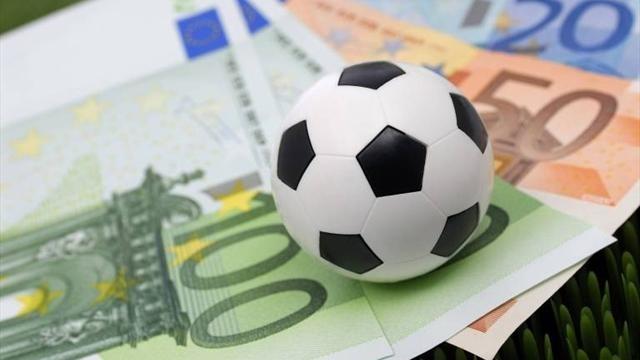 Футбольні договірні матчі: У кого поліція робитиме обшуки