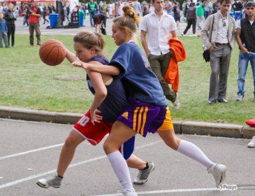 Украінські баскетболістки виграли міжнародний турнір з стритболу