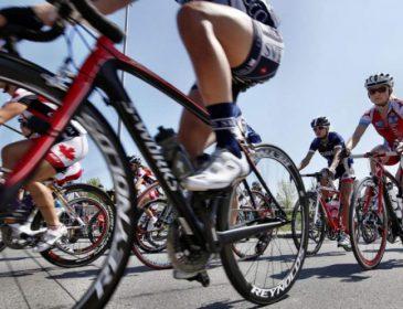 """""""Дякую всім за вашу підтримку"""": Відомий велогонщик зламав хребець під час """"Тур де Франс"""""""