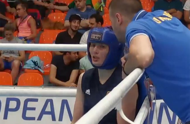 """""""Наші дівчата не залишаються в тіні хлопців"""": українка вперше стала найкращою спортсменкою місяця в жіночому боксі"""