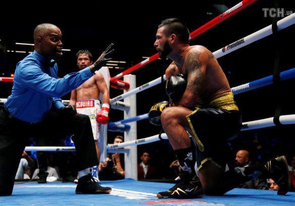 Боксер Менні Пак'яо вперше за девять років відправив у нокаут суперника