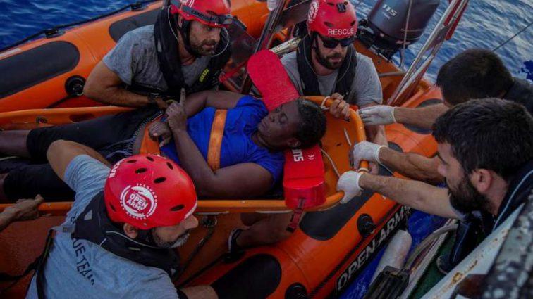 Відомий іспанський футболіст врятував жінку, яка потрапила в аварію