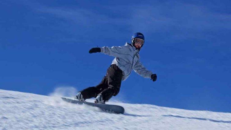 """""""Спочивай з миром, мій маленький чемпіон"""": Юна сноубордистка вчинила самогубство в свій День народження"""