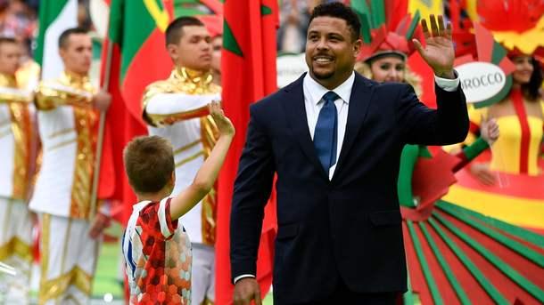 Легендарного бразильського нападника Роналдо виписали з лікарні