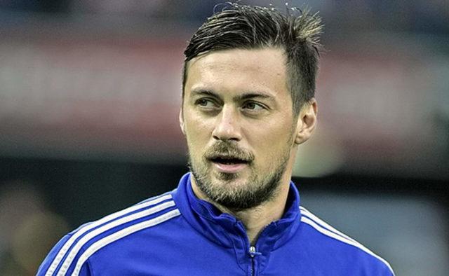 Артем Мілевський підписав контракт з новим клубом: опубліковано фото