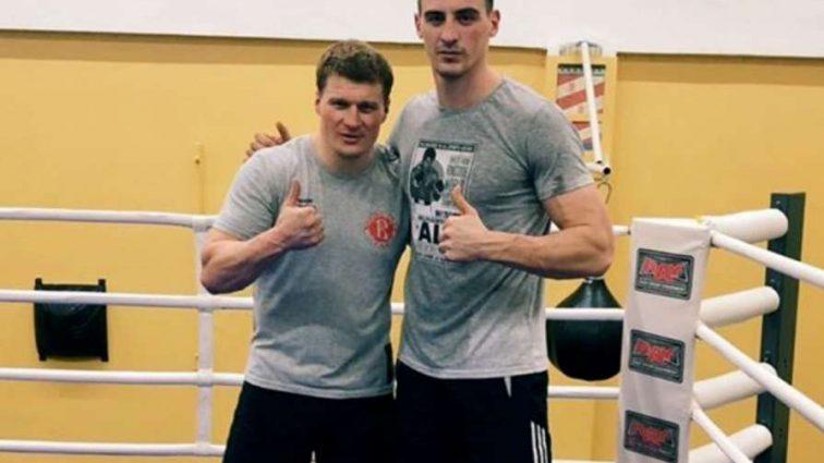 Непереможний боксер-гігант Олександр Захожий вперше вийде на ринг Німеччини