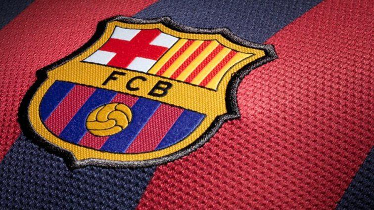 Знайдіть відмінності: Барселона представила нову емблему клубу