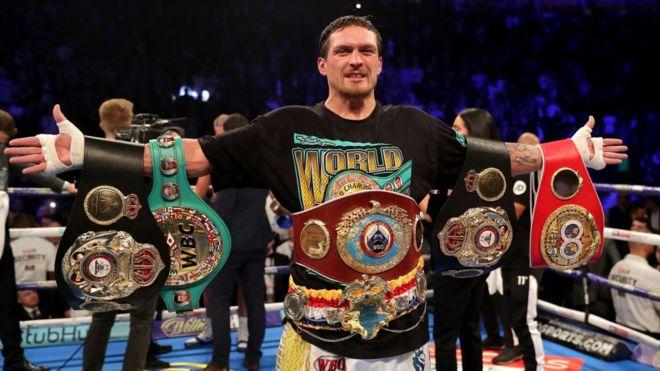 """""""Варто на кілька місяців зовсім забути про бокс"""": промоутер Усика розповів про плани боксера"""