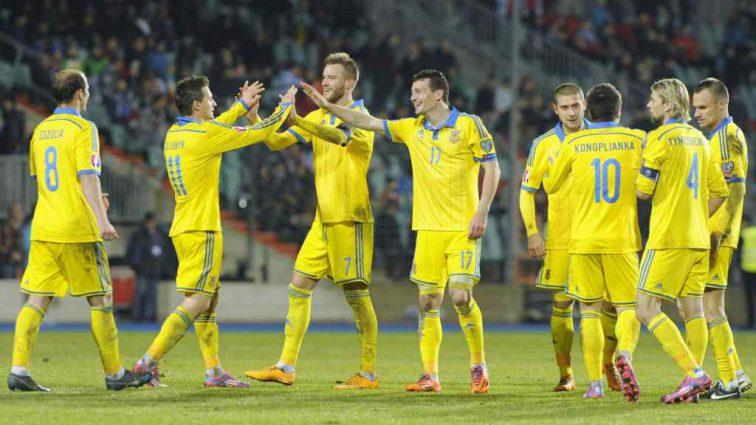 Українська збірна з футболу сьогодні зіграє свій останній матч у 2018 році